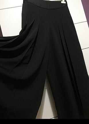 Siyah bol paçalı pantolon