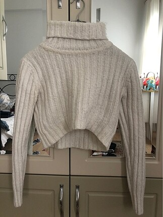 Missguided crop sweater