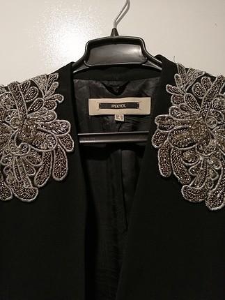 ipekyol siyah işli ceket