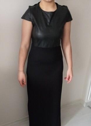 Uzun Kısa Kol Yırtmaçlı Elbise