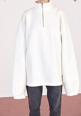 Beyyoğlu dik yakalı oversize sweatshirt