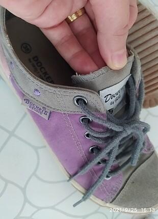 Mor renk ayakkabı