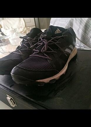 43.5 numara.Orjinal adidas spor ayakkabi