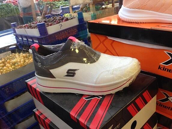 Swift bayan spor ayakkabısı