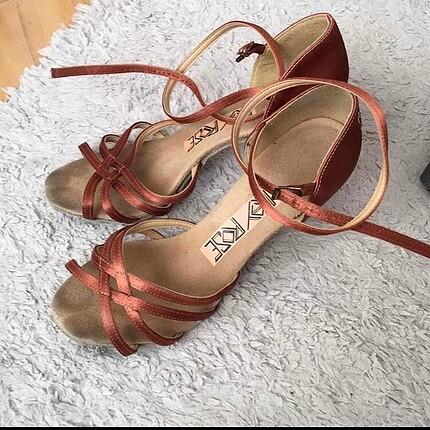 Ray rose latin dans ayakkabısı
