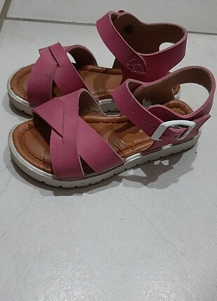 Yazlik sandalet