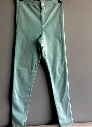 Su yeşil likralı pantolon