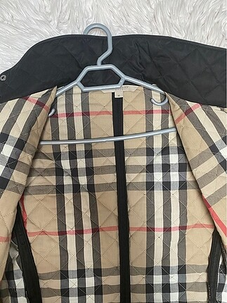Burberry İnce burberry mont