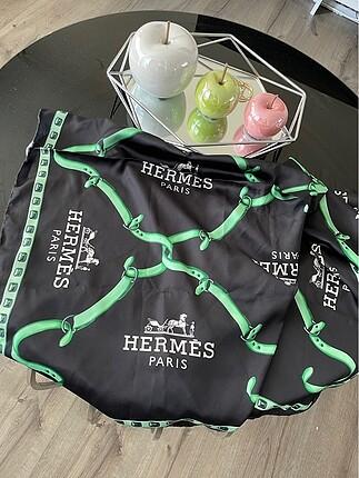 Hermes eşarp pareo