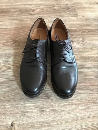 Bayan klasik ayakkabı