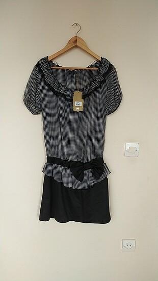 Elbise üstü tül bluz dökümlü şık kıyafet