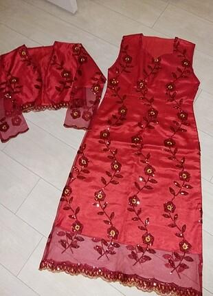 Kina elbisesi