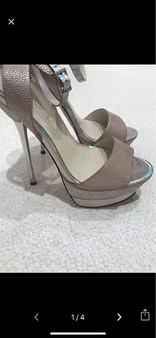 36 Beden Gümüş çok şık topuklu ayakkabı