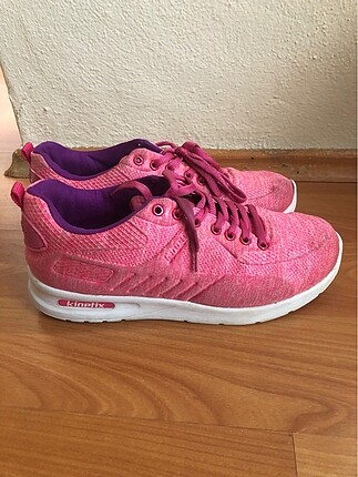 Kinetix spor ayakkabı