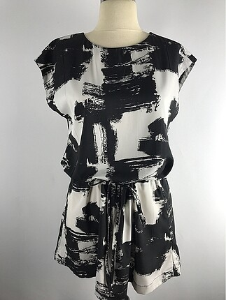 Desenli elbise