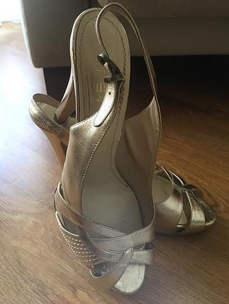 İnci ayakkabı