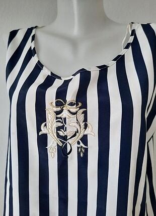 Marine çizgili lacivert beyaz kolsuz bluz