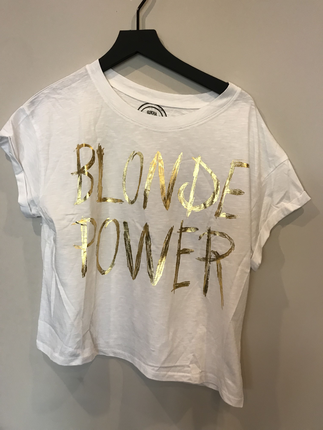 Blonde power tshirt