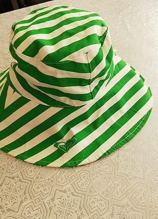 Quiksilver bayan şapkaç çift taraflı