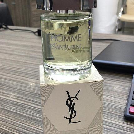 Homme parfüm