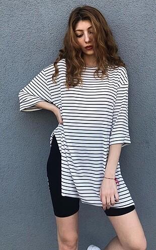 Çizgili Uzun Tişört