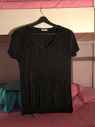 Siyah Saten Tişört