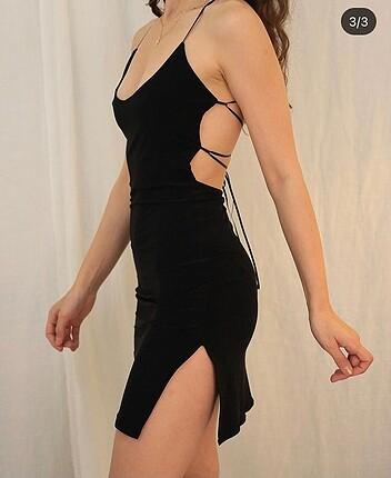 Dekolteli Elbise