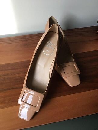 Roger vivier topuklu ayakkabı