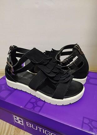 Butigo Kadın Sandalet