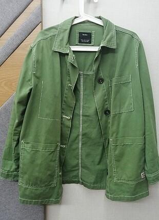 Bershka marka yeşil ceket
