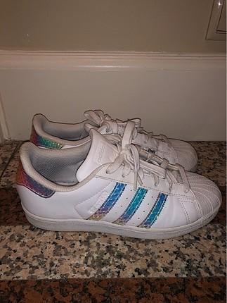 Superstar beyaz deri ayakkabi
