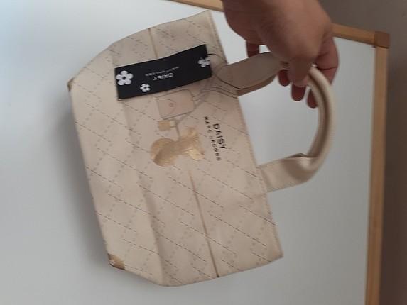 marc by marc jacobs el çantası