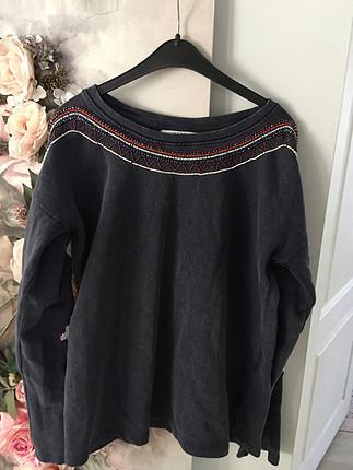Zara işlemeli sweatshirt