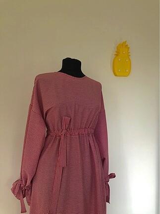 Kırmızı piti kareli elbise