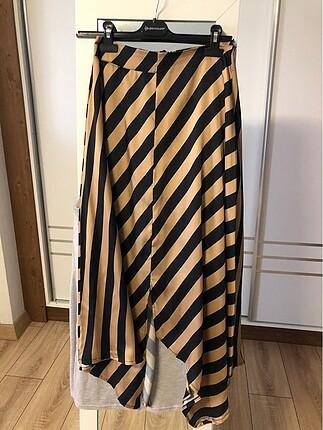 Gold siyah zebra ve çiçekli etek asimetrik etek
