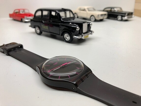 Orijinal Swatch Saat Tertemiz az kullanılmıştır
