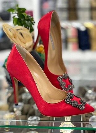 ??Manolo Blahnik Heeled Shoes??