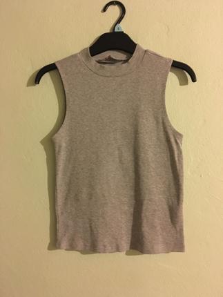 Boyunlu askılı tişört
