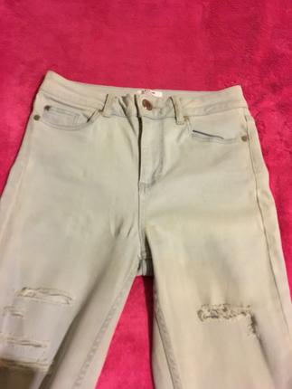 Yırtık pantolon