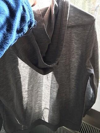 s Beden Gri kapüşonlu sweatshirt