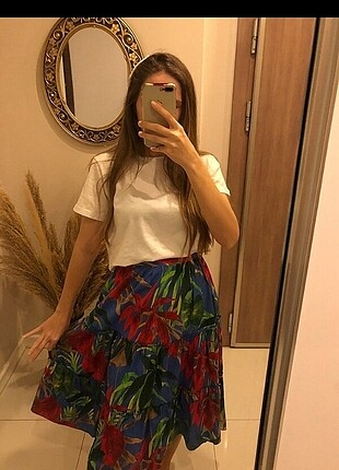 xs Beden çeşitli Renk Orijinal Zara Etek