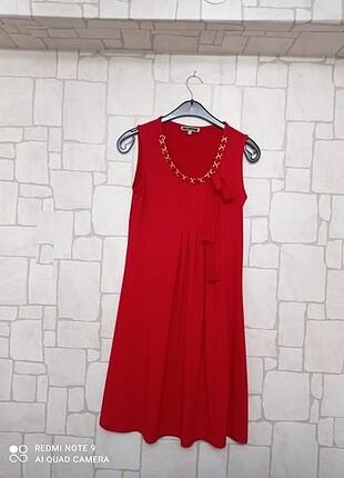 Kırmızı kısa hamile elbisesi