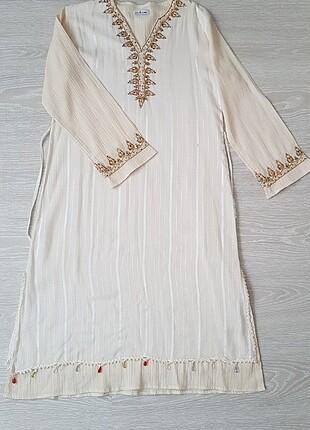 Şile bezi nakışlı elbise