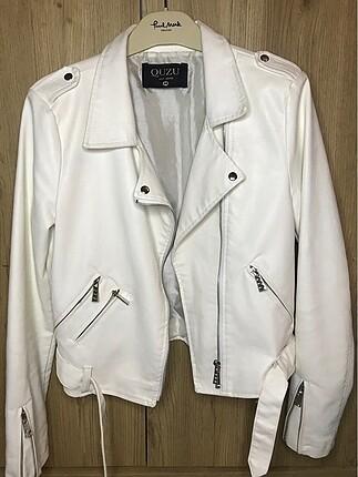 Diğer Beyaz Deri Ceket