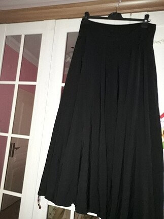 Siyah kiloş uzun etek