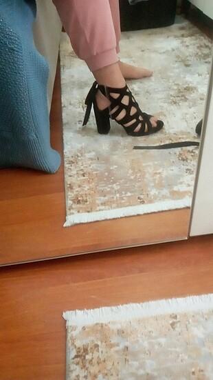 Temiz ayakkabı 1 kere giydim sadece