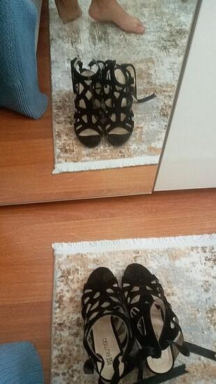 38 Beden Temiz ayakkabı 1 kere giydim sadece