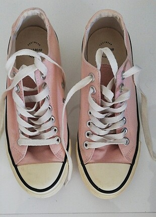 Pull and bear converse