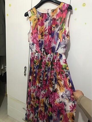 42 Beden çeşitli Renk Beli lastikli uzun yazlık elbise