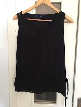 Siyah kolsuz bayan bluz